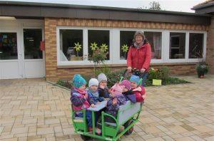Ein Krippentaxi für den Kindergarten